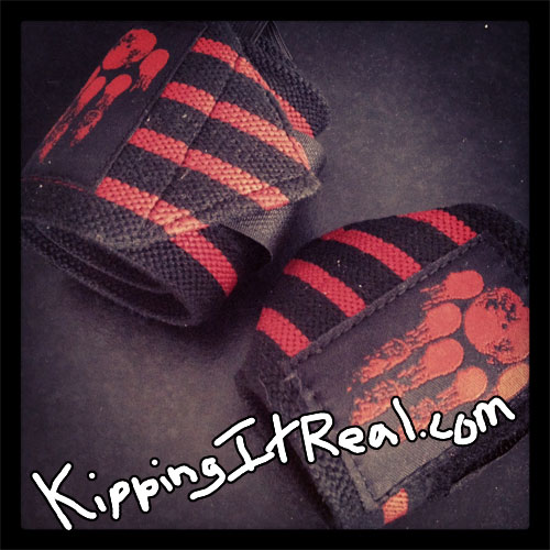 Kipping It Real Manimal Wear Rogue Fitness Wrist Wraps Review